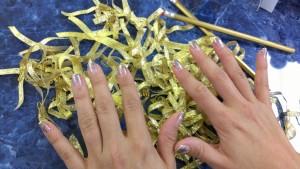 gold_nails